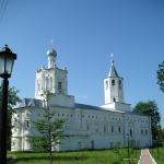 Святодуховская церковь с трапезной палатой.JPG