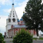 Тихвинский собор и Успенская шатровая звонница.JPG